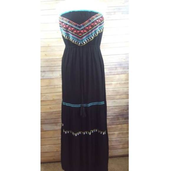 Poof! Dresses & Skirts - POOF Black BOHO Tribal Sleeveless Maxi Dress